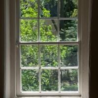 Angol ablak, más néven tolóablak vagy emelőablak